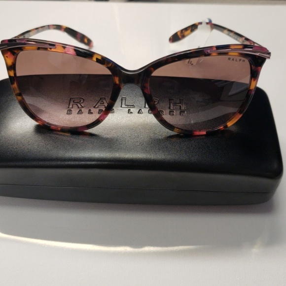 6e460d7dca2 Ralph Lauren RA5203 Cat Eye Sunglassess NWT